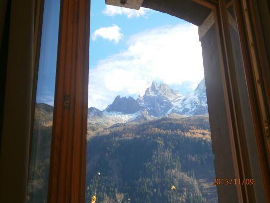 Hotel L'aiguille Verte: vue sur les Drus et l'Aiguille Verte