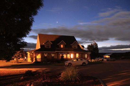 Bullberry Inn B&B: Just before sunrise