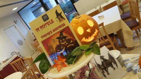 IH Hotel Firenze Business : Halloween Special Buffet