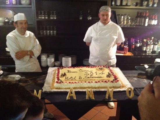 Hotel Santa Caterina: torta cenone capodanno