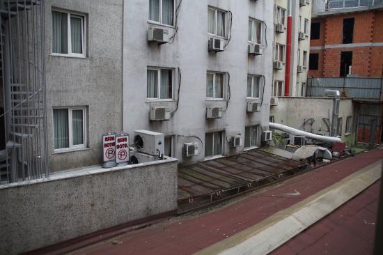 Kafkas Hotel Istanbul: вид из номера 304