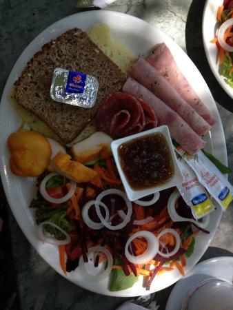 Van Gaalen Kaasmakerij: Cheese platter