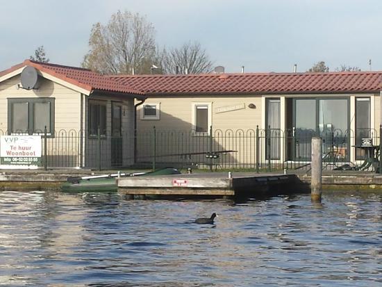 VVP Verhuur Visserslust: Woonboot direct aan de Vinkeveense Plassen