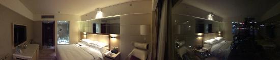Sheraton Hong Kong Hotel & Towers Photo