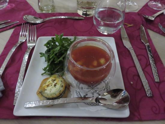 Les Papillons: Gaspacho de tomate