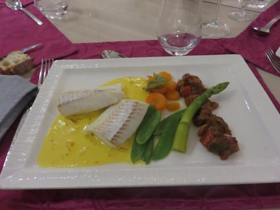 Les Papillons: Dos d'églefin sauce au safran