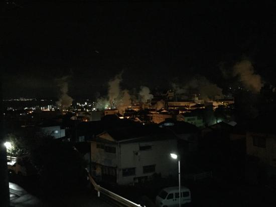Iroha: 近くからの眺め
