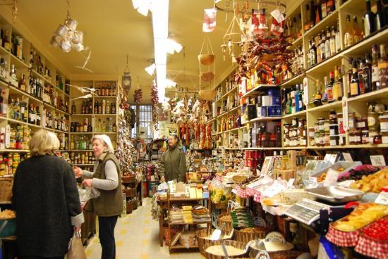 L intérieur de la boutique - Photo de Izrael - Le Monde des Épices ... ad64158c193