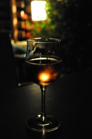 Szalajka Liget Hotel: Lampka wina na tarasie