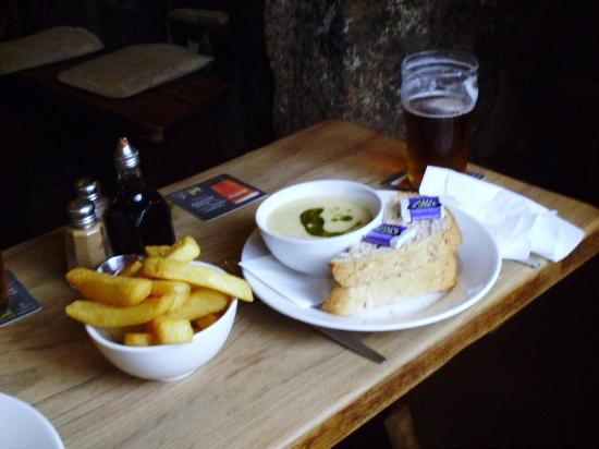 Zennor, UK: L&P soup