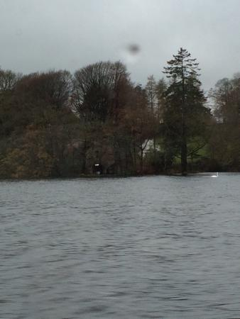Bowness-on-Windermere, UK: Gorgeous boat ride and views. Very calming