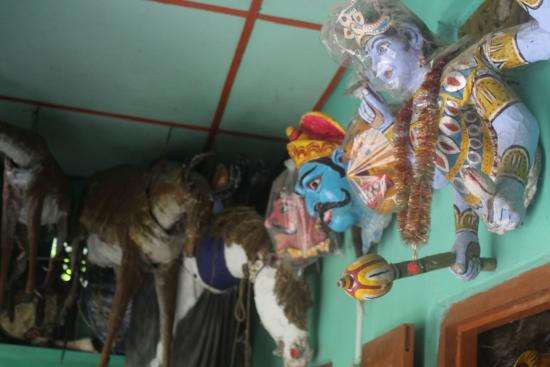 La Maison de Anand: Mask Making, a traditional art in Majuli