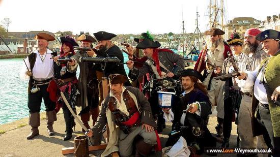 Weymouth, UK: Pirates