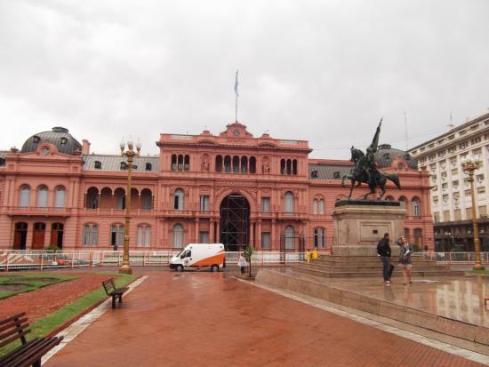 Monumento Ecuestre al General Manuel Belgrano
