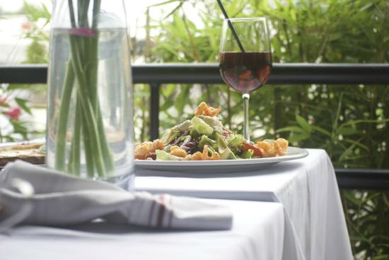 Tosca Cafe: Outdoor Dining