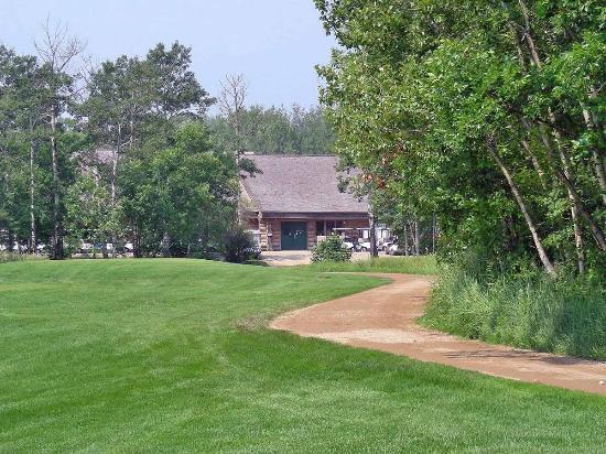 Carlyle, Canada: Club cabin
