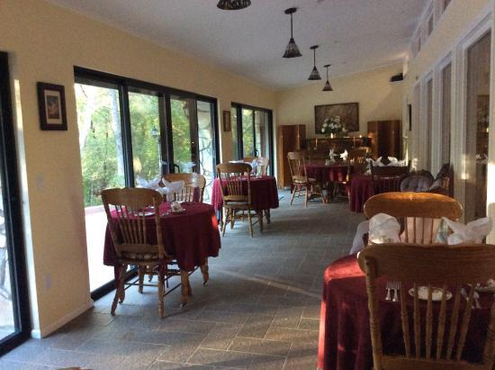 Creekside Inn at Sedona: The Breakfast Room