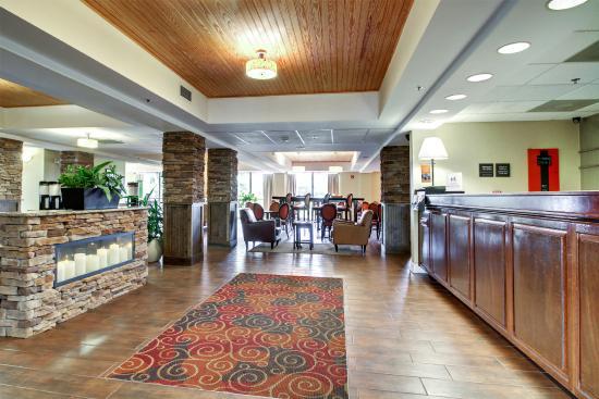 hampton inn southport 133 1 5 8 updated 2018. Black Bedroom Furniture Sets. Home Design Ideas