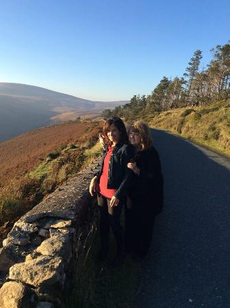 Ganter Chauffeur Drive -Day Tours: Beautiful Irish Country Road