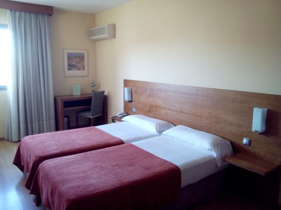 Hotel Torre Monreal: Habitación