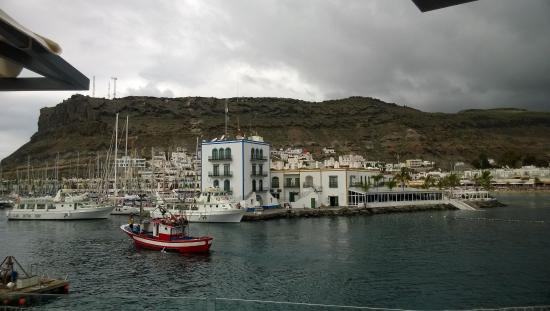 Hotel Puerto De Mogan The Senses Collection: View across the harbour to the hotel