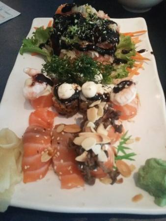 Sumo Sushi Bar: 20151107_143534_large.jpg