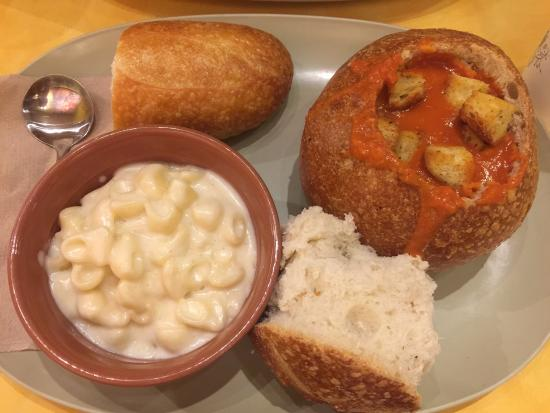 Panera Bread: Creamy Tomato Soup In Bread Bowl With Mac N Cheese