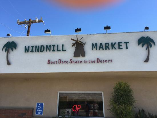 Windmill Market and Produce: cute little market