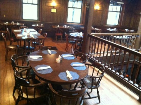 Mr. Smith's of Georgetown: Upstairs