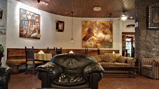 Hotel Ariosto: salon de l'hotel