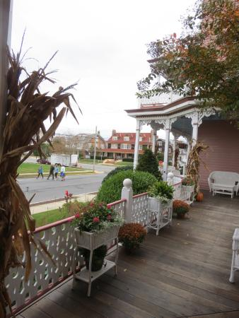 Angel of the Sea: Seasonal decorations on porches