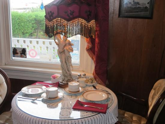 Angel of the Sea: Table for two in the parlor