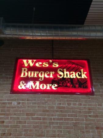 Wes' Burger Shack: Inside sign