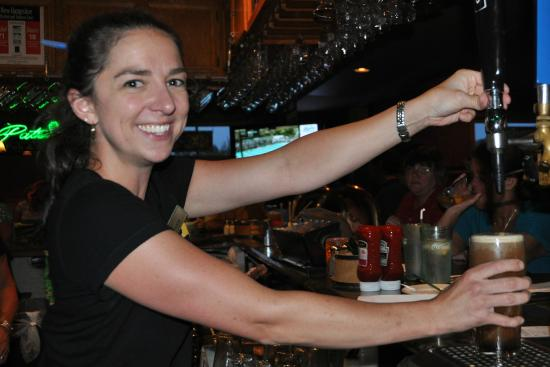 Patrick's Pub & Eatery: Alicia at the bar