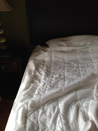 Homewood Suites by Hilton Fort Collins: Mattress pad being used a duvet
