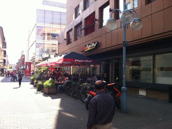 Ph Picture Of Pizza Hut Mannheim Tripadvisor