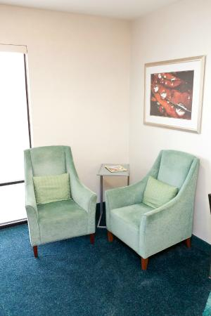 SpringHill Suites by Marriott Lynchburg : Sitting Area