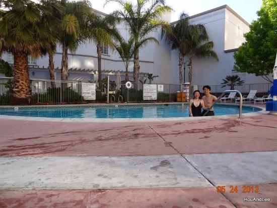 San Mateo, CA: 游泳池很棒