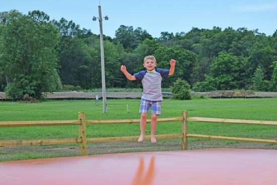 Yogi Bear's Jellystone Park Camp-Resort Gardiner: Jumping Pillow!