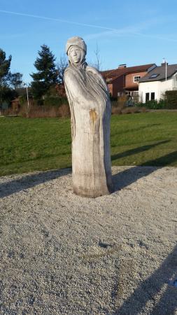 Skulpturenpark Niederhochstadt
