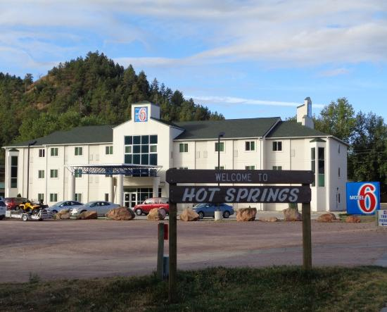 external view of motel 6 hot springs picture of econo lodge hot rh tripadvisor co nz
