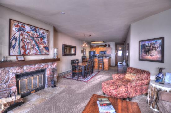 The Villas at Snowmass Club : Living Room