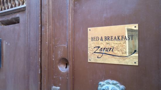 Zaguri B&B: Entrance