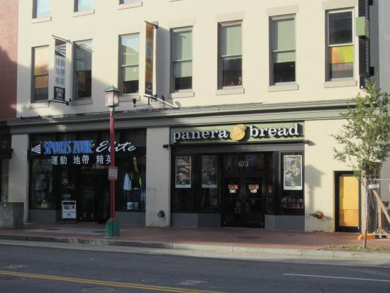 panera bread marketing mix