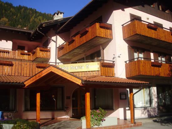 Parco Hotel Terme Regina Elena : pogled na hotel