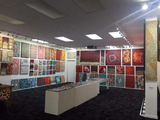 Stunning Paintings - Picture of Jila Arts, Alice Springs - Tripadvisor