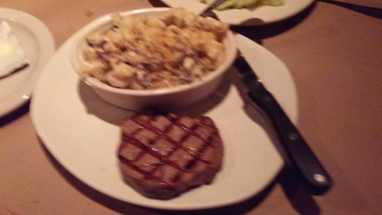 Bonefish Grill : Sirloin with Mac n Cheese