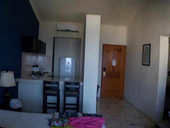 Aquamarina Beach Hotel: Limpia y acojedora