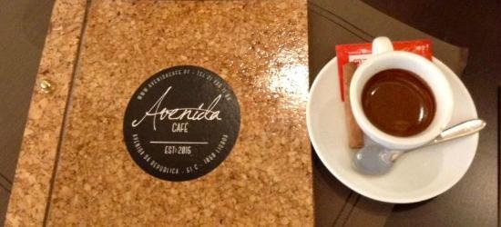 Avenida Café