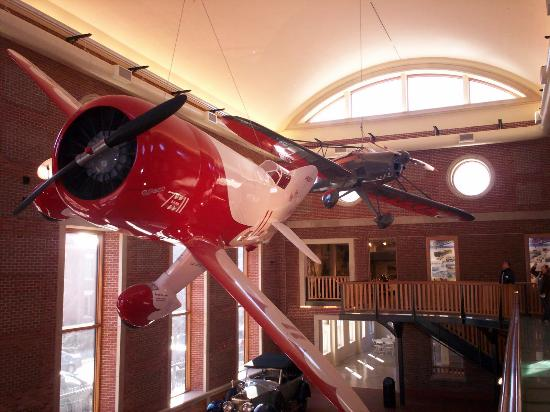 Springfield Museums: Gee bee (In Movie Planes 2) (Pixar)